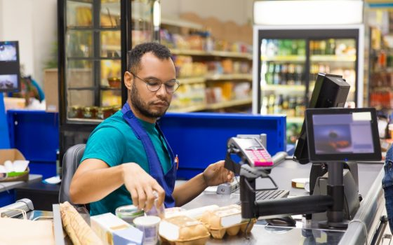 Decarbonising our shops, supermarkets and warehouses